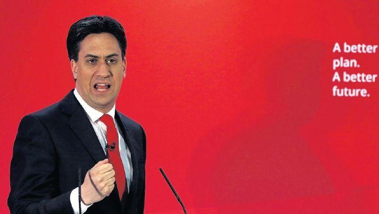 Aan het imago van Miliband is hard gewerkt. Hij gedraagt zich statiger en draagt duurdere pakken. Beeld reuters