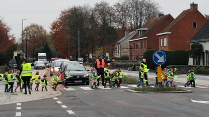 Verkeersveilige Poederleesteenweg feestelijk geopend