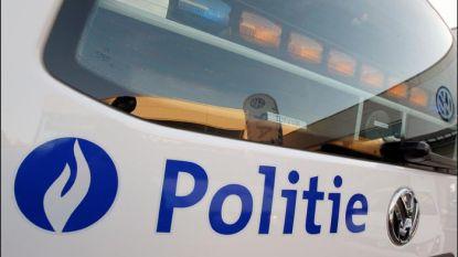 Politie haalt in Hasselt vijf mensen zonder papieren uit een vrachtwagen