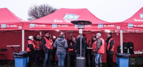 Werknemers Solar Duiven blijven staken voor betere cao: 'Ik laat me niet chanteren'