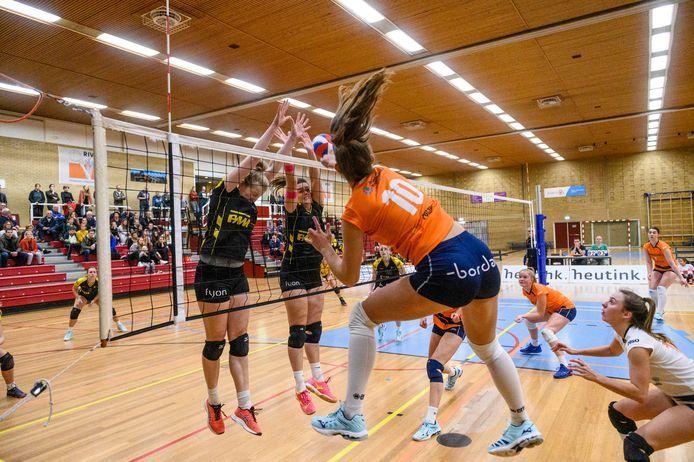 Rivo Rijssen promoveert naar de topdivisie.