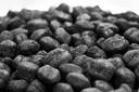 Eierkolen zijn briketten die bestaan uit met pek samengeperste fijnkolen en kolenstof, waarmee vooral potkachels gestookt.