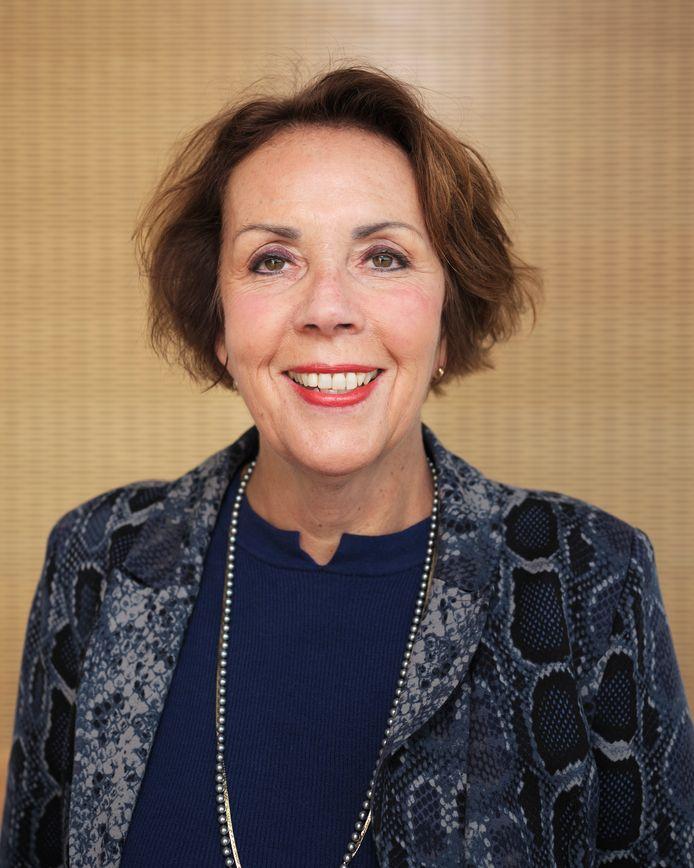 Professor Angela Maas, cardioloog en hoogleraar, gespecialiseerd in vrouwenharten.
