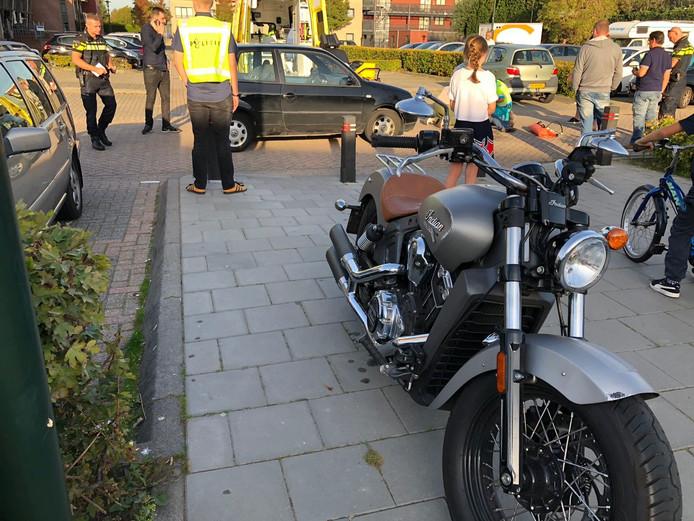 Vrouw gewond na val met motor bij ongeluk in Raamsdonksveer