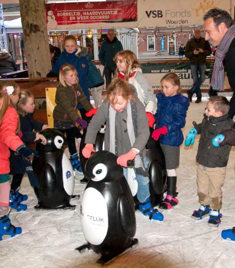 Grotere curlingcompetitie bij jubileumeditie ijsbaan in Woerden