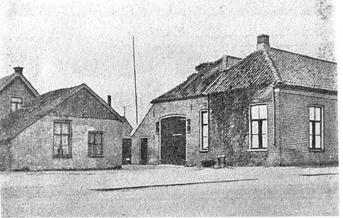 Bakkerij en woonhuis van de familie Flim.