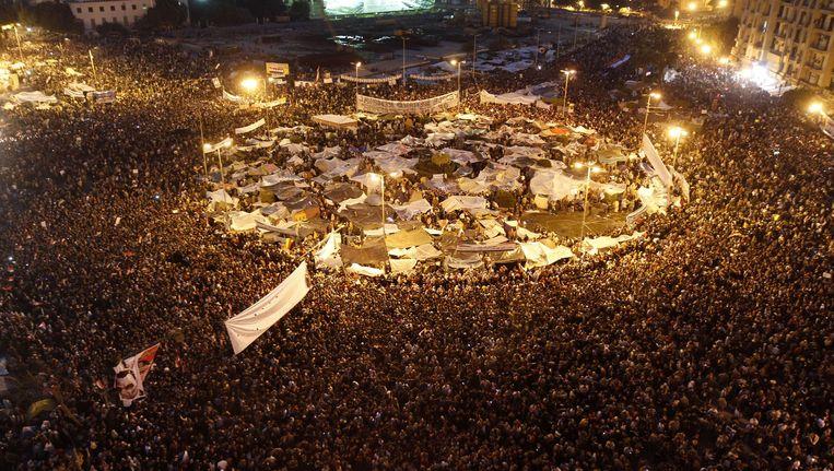 8 februari 2011: het Tahrirplein vol demonstranten die het aftreden van Hosni Mubarak eisen. Beeld afp