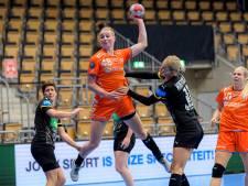Handbalster Dione Housheer uit Ulft naar Odense