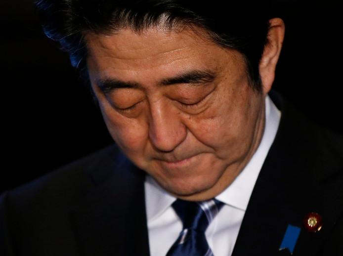 De Japanse premier Shinzo Abe in een persconferentie