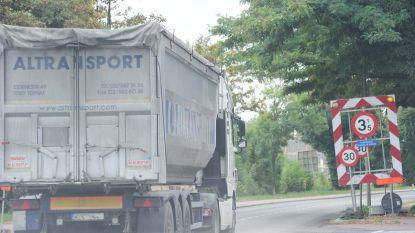 Politie gaat opnieuw tonnagebeperking controleren op Brusselsesteenweg