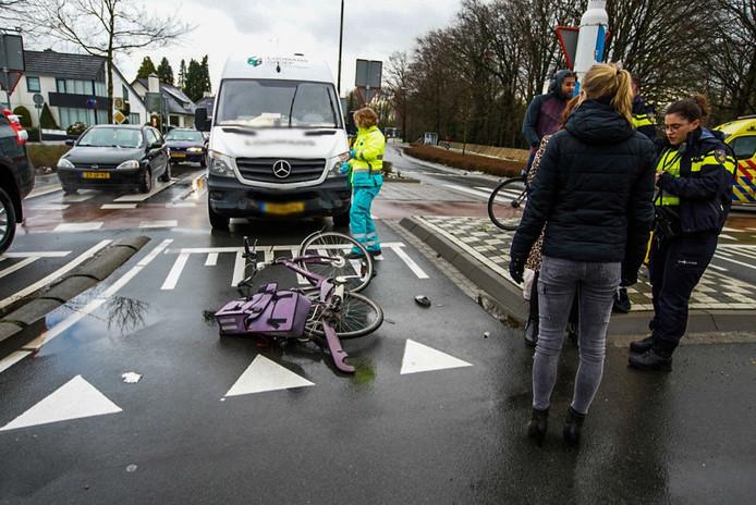 Ongeval op rotonde in Geldrop.