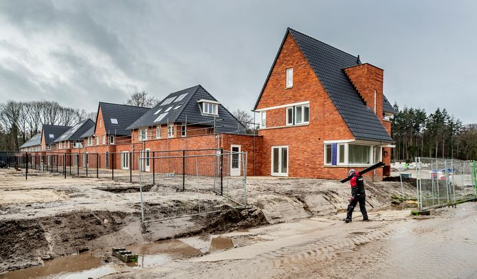 Ugchelen Buiten: een nieuwbouwwijk waar veel woningen in het hogere segment staan, maar waar ook wel in lagere prijscategorieën wordt gebouwd.