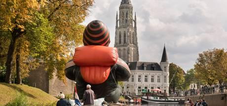 Weinig discussie, wel begrip voor opblaasbare vluchteling in Breda