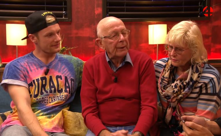 Enzo's grootouders kwamen ook naar 'Gert Late Night'.