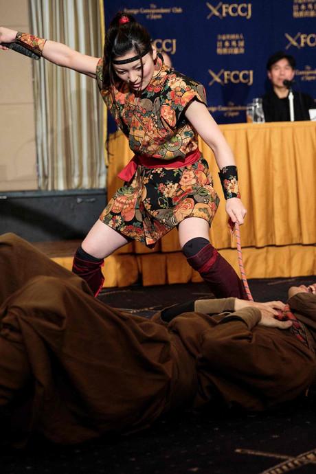 Ninja's zijn Japans nieuwste wapen om toerist te verleiden
