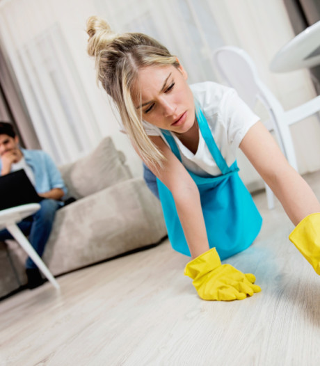 Vrouw: man mag wel wat meer doen in huishouden