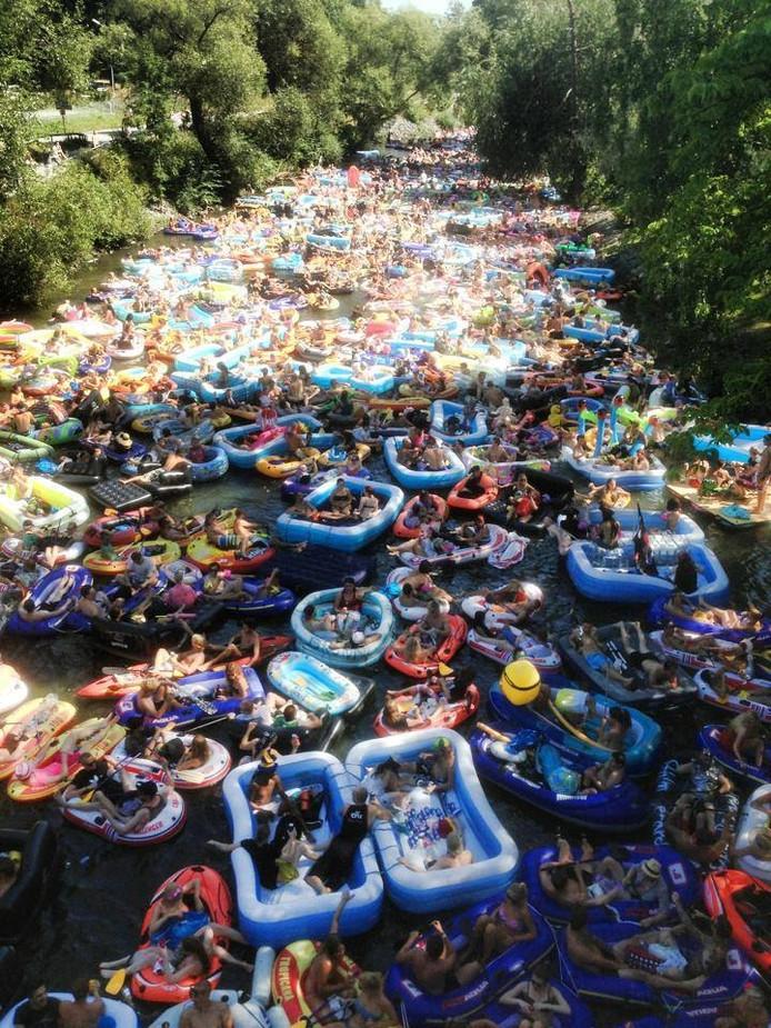 Inspiratie voor Floatfest. Bron: Tillywood