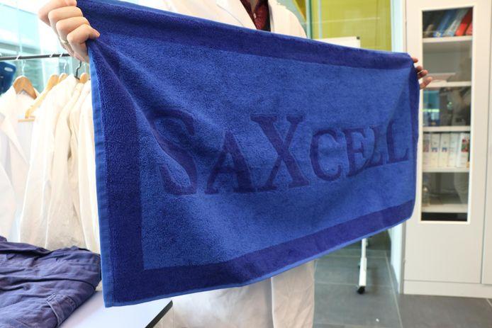 Hogeschool Saxion laat onder de naam SaXcell  samen met onder meer drie Turkse bedrijven een testfabriek voor het recyclen van textiel bouwen in Enschede.