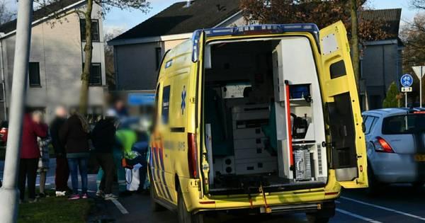 Fietsster ernstig gewond na ongeluk in Enschede.