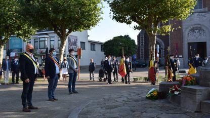 Burgemeester brengt indrukwekkend eerbetoon aan Magdalena Kintziger tijdens herdenking Slag om Zelzate