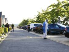 Schietpartij in Zwolle: 1 gewonde, kogelgaten in auto en woning
