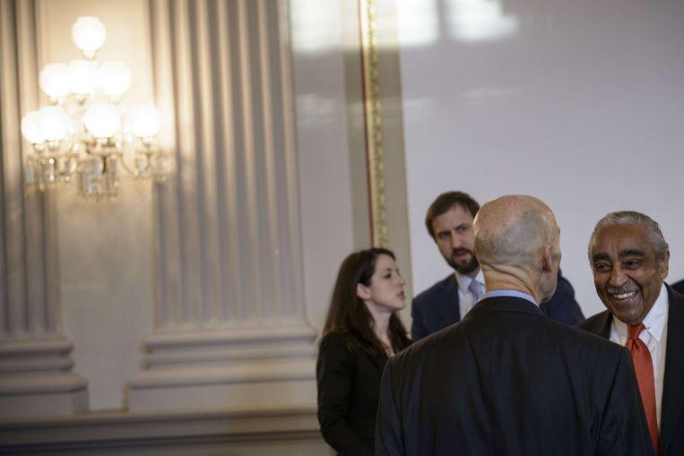 De democraat Charles Rangel (R), afgevaardigde voor de staat New York. Beeld AFP