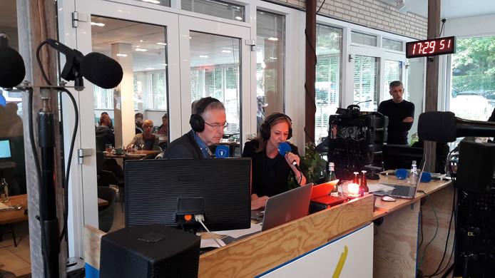 Jan Hautekiet en Kirsten Paulus presenteren de Lage Landenlijst.