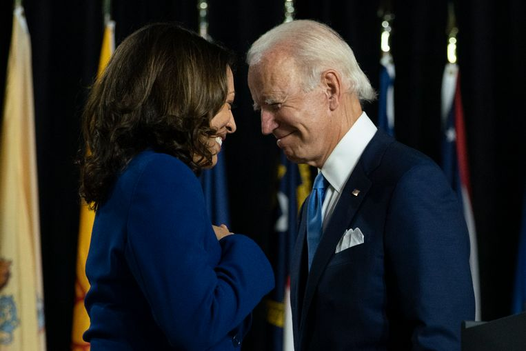 Joe Biden met Kamala Harris, vicepresidentskandidaat. Beeld AP