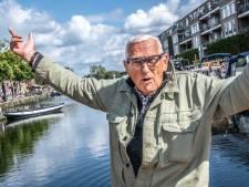 Ton Schenkels (74), de rap-opa van de Piushaven: 'Hoodie, zwarte pet op en gaan'