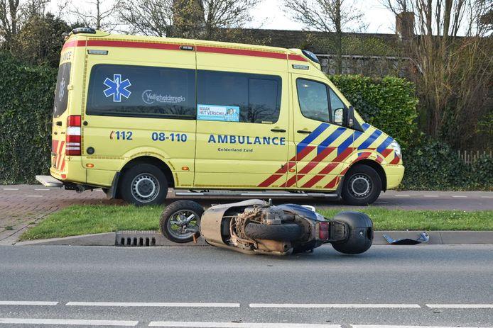 Scooterbestuurster gewond in Zaltbommel