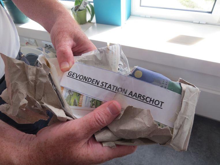 Hulpdiensten opgetrommeld voor verdacht pakket, blijkt achteraf om gsm te gaan