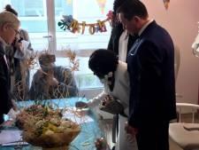 Bloqués à l'hôpital, ils se marient à la maternité
