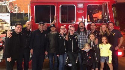 Dave Grohl bezorgt brandweermannen een warme maaltijd