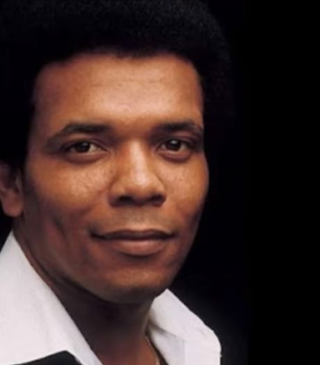 """Johnny Nash, le chanteur d'""""I Can See Clearly Now"""", meurt à 80 ans"""