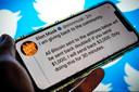 Het twitteraccount van Elon Musk. De accounts van bekende bedrijven en vooraanstaande personen zijn gehackt door oplichters.