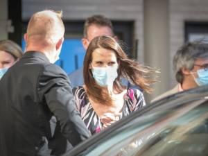 """Sophie Wilmès sur la colère du personnel soignant: """"J'ai compris le message et rectifié cette affaire"""""""