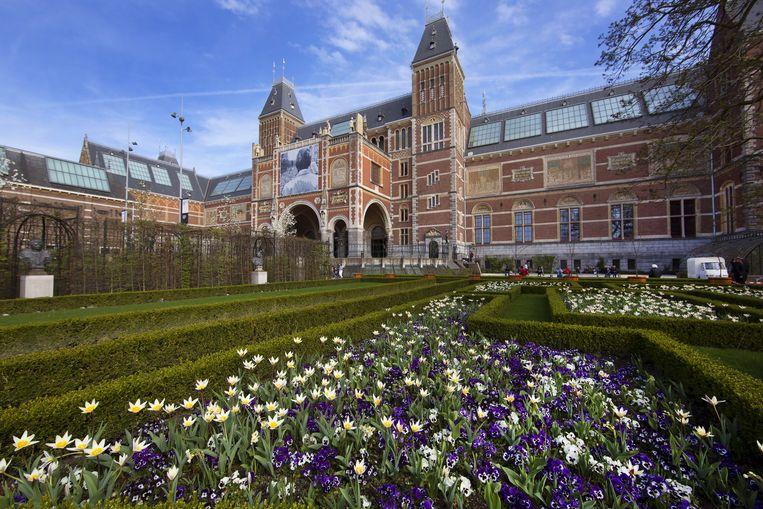 Het Rijksmuseum stelt zijn tuin een jaar lang beschikbaar voor schooltuinlessen. Beeld Shutterstock