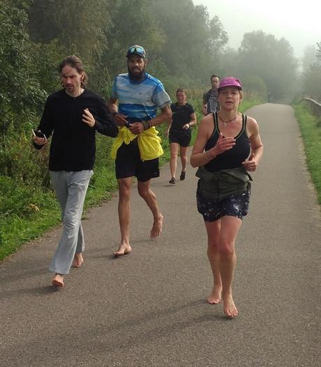 Marathon op blote voeten in Rotterdam