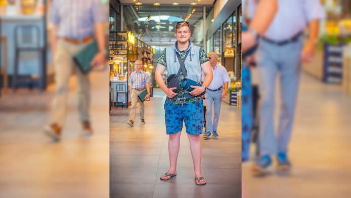Alex Vester in Leidschendam bij de nieuwe Mall of the Netherlands