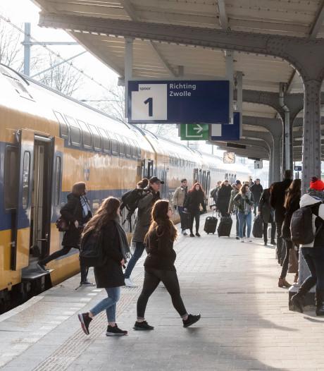 Nieuw spoorboekje NS: meer treinen tussen Oost-Nederland en Randstad