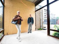 Zorgcentrum sluit gang tussen twee gebouwen: 'Kaartclubjes zijn opgeheven'