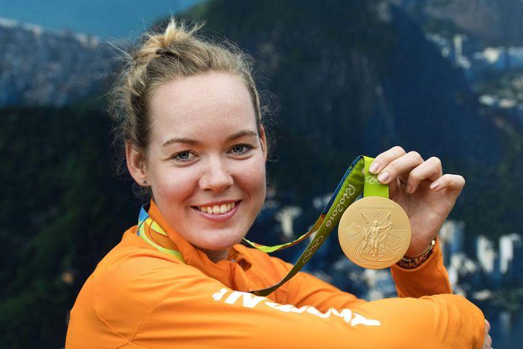 Van der Breggen met haar Olympisch goud Beeld anp