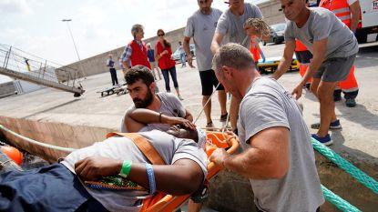 Reddingsschip meert met overlevende en twee lijken aan in Palma de Mallorca