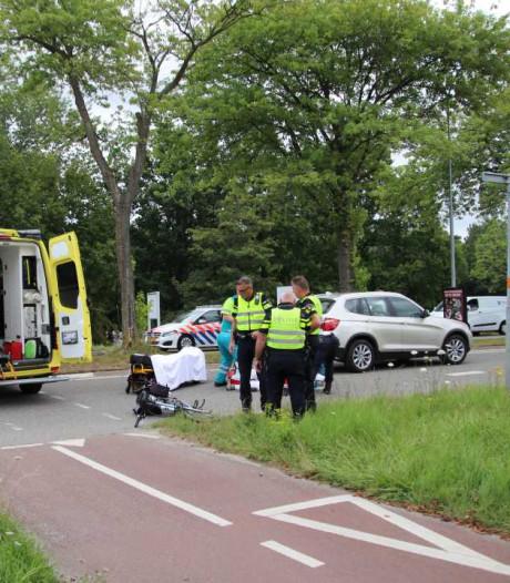 Fietsster geschept door automobilist Goes