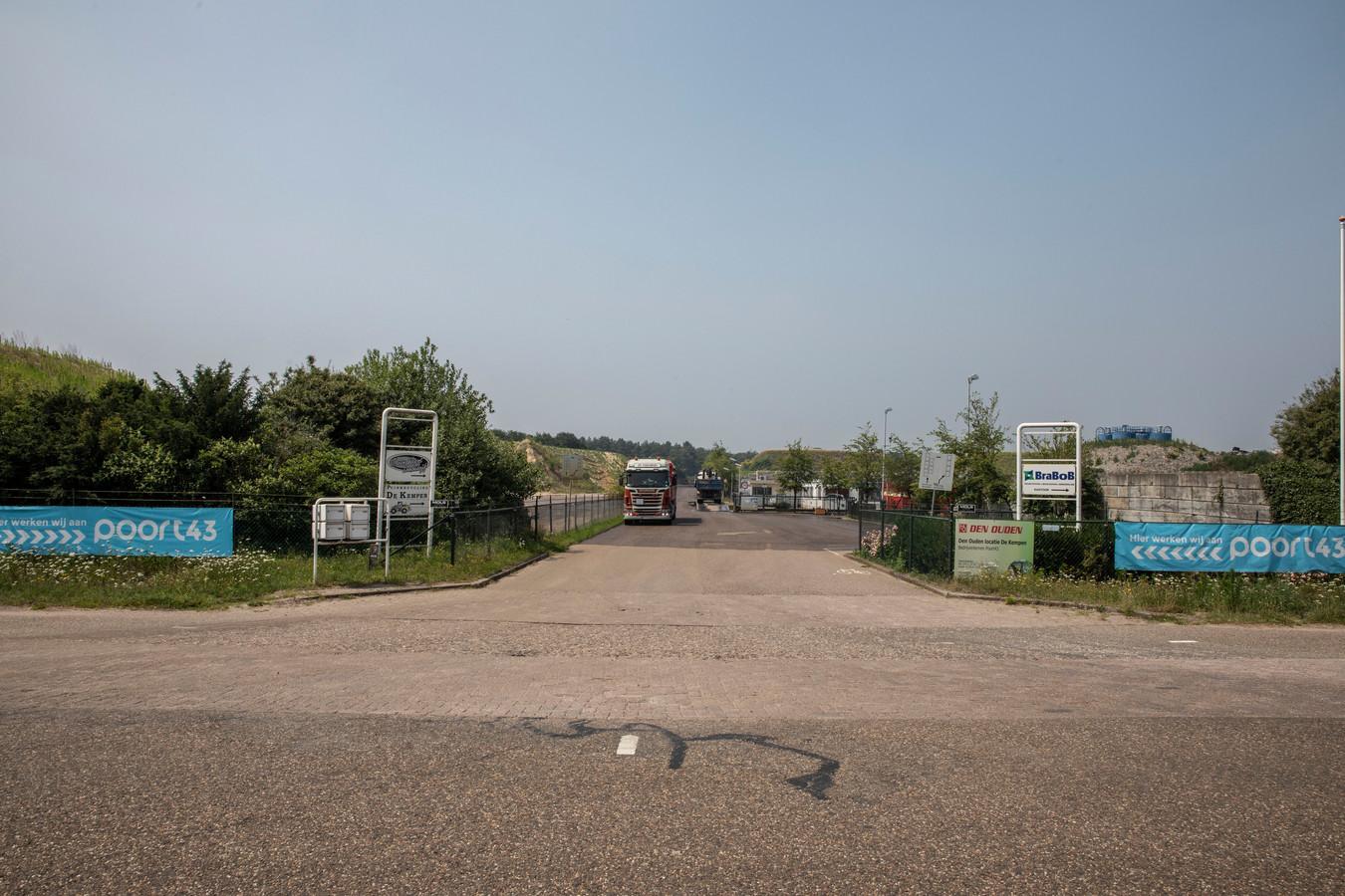 Archieffoto van de entree van het afvalverwerkingsterrein van Reiling in Sterksel