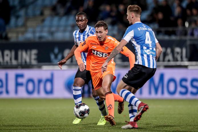 Enzo Stroo in januari van dit jaar, toen nog namens FC Volendam. Met TOP Oss neemt hij het vrijdag op tegen zijn oude ploeg.