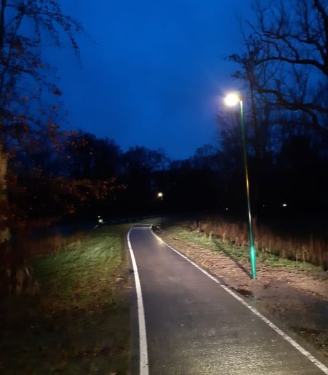 Nieuwe fietspadverlichting tusen Chaam en Ulvenhout