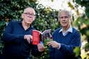 Drees Kroes (rechts) met auteur Ben Siemerink van het boek: Drees Kroes. De man van de assist.