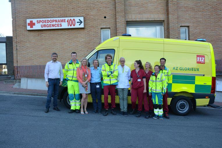 Het az Glorieux heeft er een nieuwe ambulance bij.