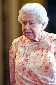 Elizabeth II à Bruxelles pour empêcher un Brexit sans accord?